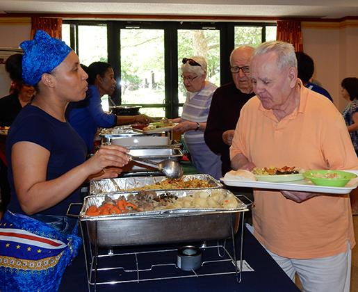 international day buffet 063