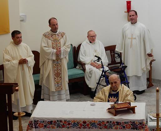 Mgr Varsanyi 70 yrs a Priest (40)